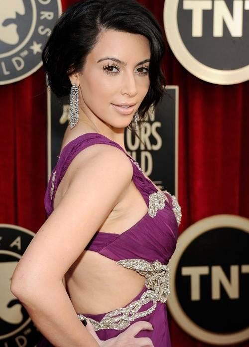 Kim Kardashian gorgeous in Marchesa at 2011 SAG Awards