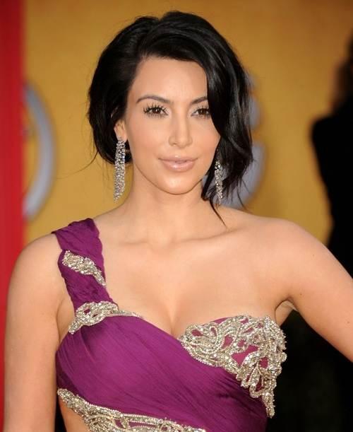 Kim Kardashian hairstyle makeup 2011 SAG Awards