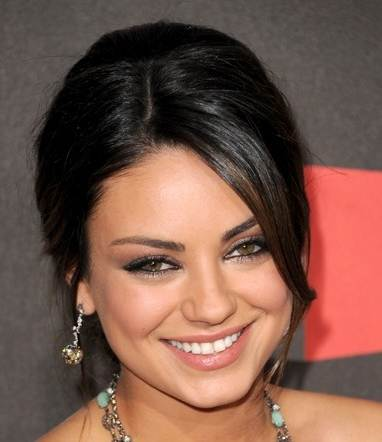 mila kunis back tattoo in black swan. lack swan tattoo mila. lack