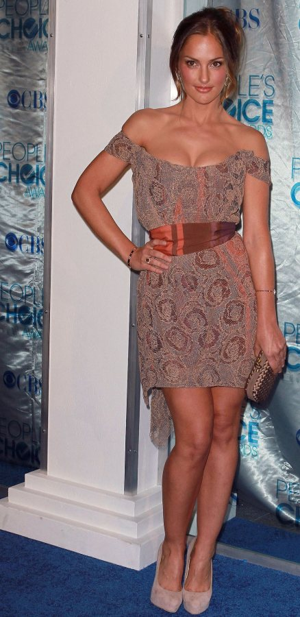 Minka Kelly at 2011 Peoples Choice Awards