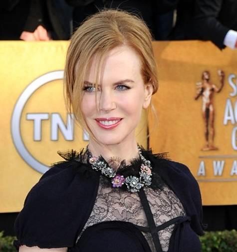 Nicole Kidman hairstyle makeup 2011 SAG Awards