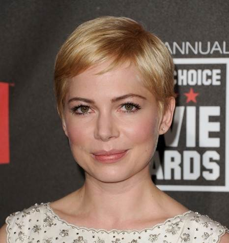 michelle williams hairstyle makeup 2011 Critics Choice Awards
