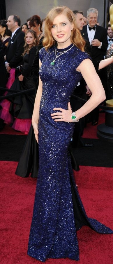Amy Adams at the 2011 Oscars Red Carpet