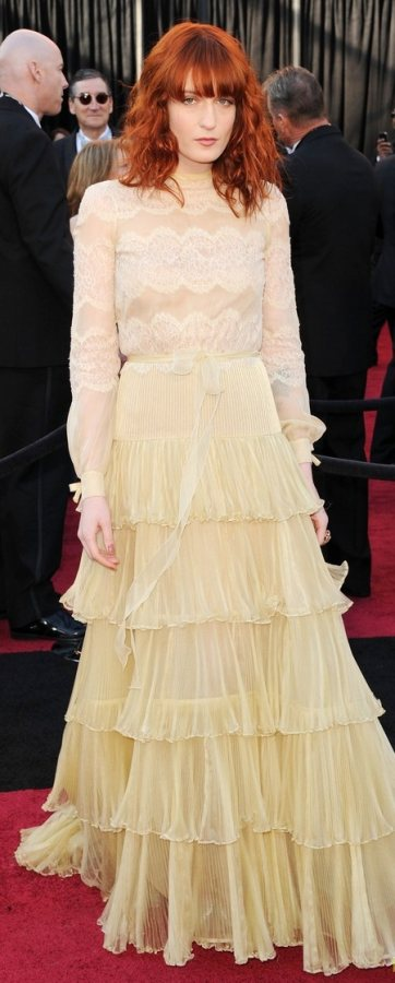 Florence Welch 2011 Oscars red carpet