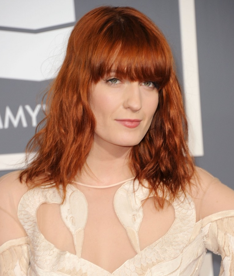 Florence Welch hairstyle makeup 2011 Grammy Awards