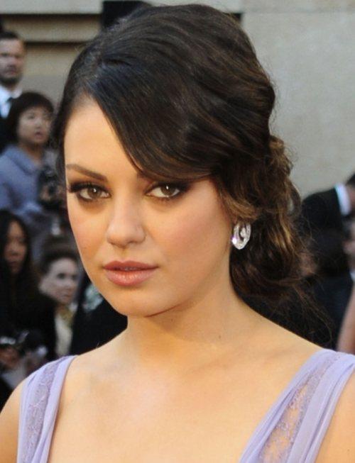 Mila Kunis hairstyle 2011 Oscars Red Carpet Look