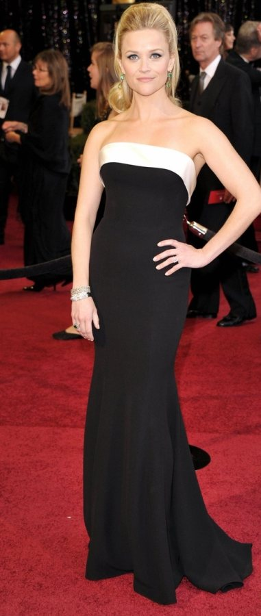 Reese Witherspoon classy at the Oscars 2011