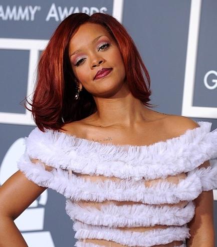 Rihanna hairstyle makeup 2011 Grammy Awards