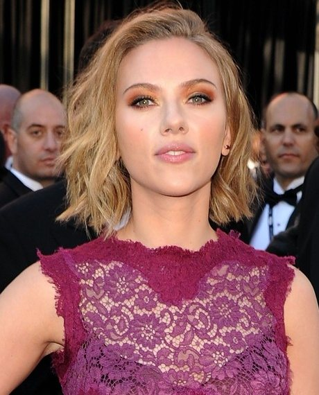 Scarlett Johansson at the Oscars 2011