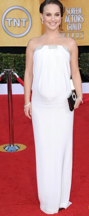 natalie-portman-strapless gown 2011 sag