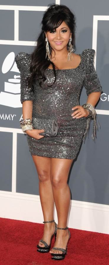 snooki- sequined metallic gown at 2011 grammy awards