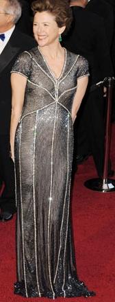 Annette Bening in Naeem Khan at 2011 Oscars