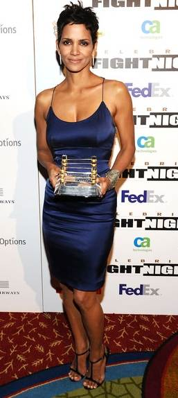 Halle Berry attends Muhammed Alis Celebrity Fight Night XVII