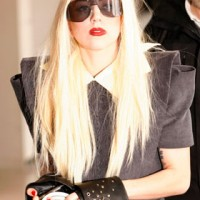 Lady Gaga helps raise money for Japan by selling bracelets