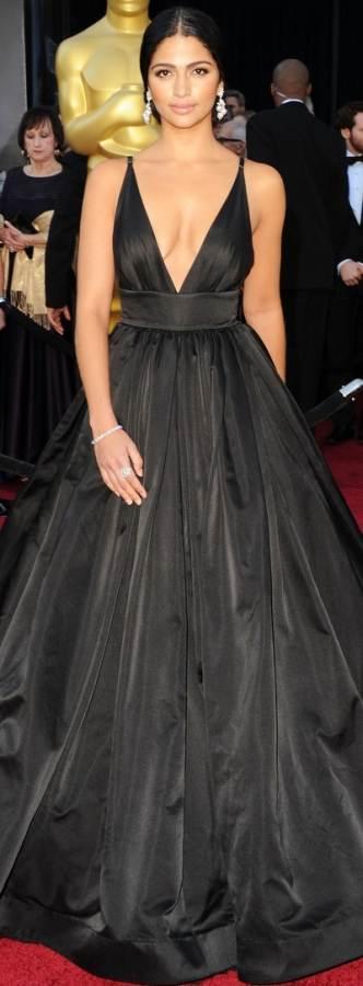 camila alves 2011 oscars dress. Camila Alves - Oscars 2011 Red