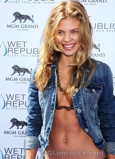 AnnaLynne McCord bikini Wet Republic Pool  MGM Grand Hotel
