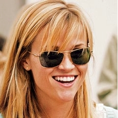 Reese Witherspoon delays honeymoon for work