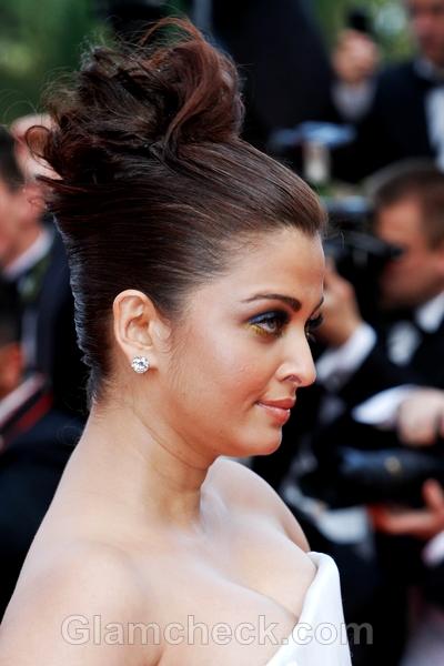 Aishwarya-Rai-hairstyle-2011-Cannes-Film-Festival