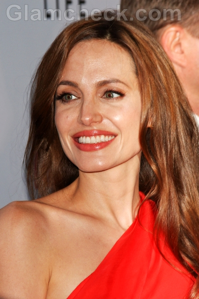 Angelina-Jolie-hairstyle