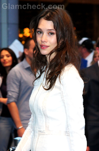 Astrid-Berges-Frisbey-Pirates-Of-The-Caribbean-On-Stranger-Tides