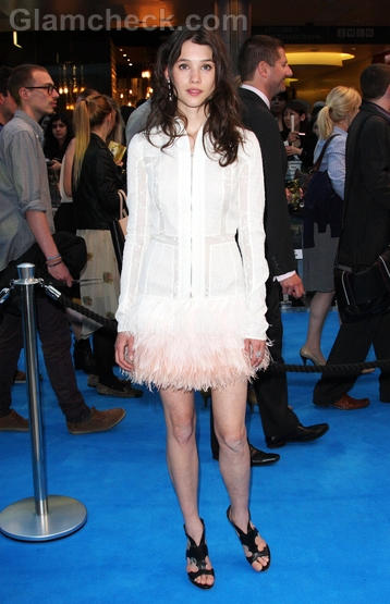 Astrid-Berges-Frisbey-white-dress