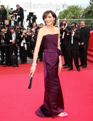 Ines-de-La-Fressange-purple-gown-2011-cannes-film-festival