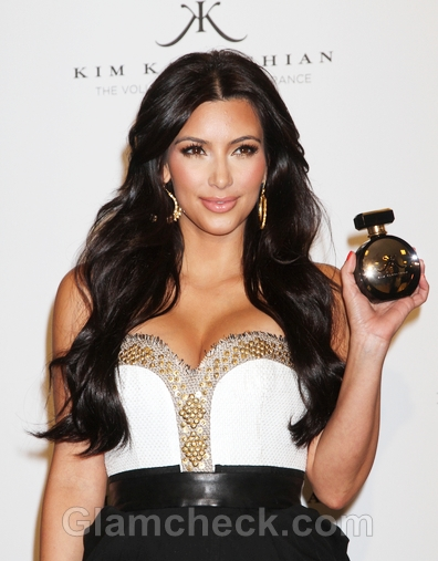 Kim-Kardashian-at-the-launch-of-her-perfume-Gold