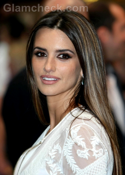 Penelope-Cruz-Givenchy-Pirates-Of-The-Caribbean-Premiere