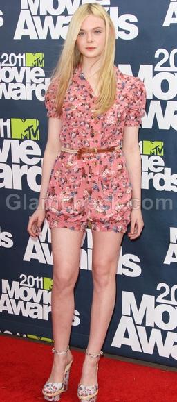 Elle-Fanning-Summer-Chic-2011-MTV-Movie-Awards