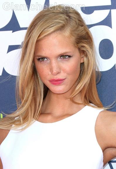 Erin-Heatherton-2011-MTV-Movie-Awards