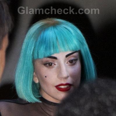 Lady-Gaga-blue-hair-2011-CFDA-Awards