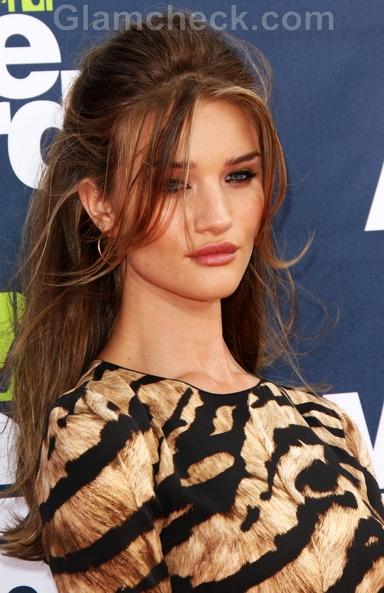 Rosie-Huntington-Whiteley-2011-MTV-Movie-Awards