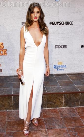 Rosie-Huntington-white-gown
