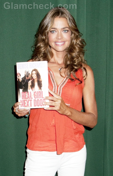 Denise-Richards-The-Real-Girl-Next-Door-book-signing