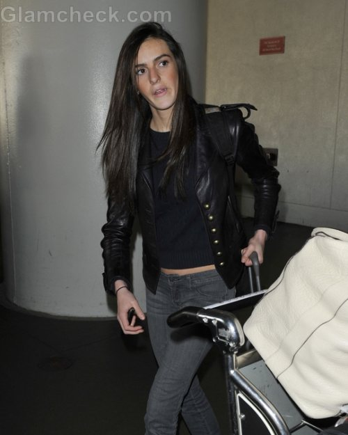 Ali Lohan signs Modelling Contract