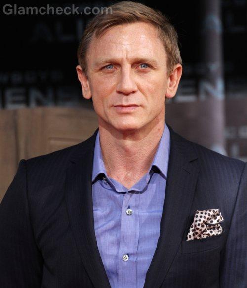 James Bond stunt  filmed in India