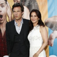 Jason Bateman to become father
