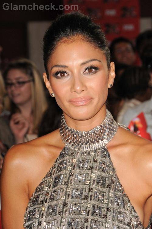 Nicole-Scherzinger-Metallic-Gown-Premier-The-X-Factor