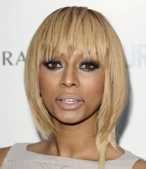 Fan Beaten and Dragged Offstage at Hilson Concert