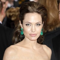 Humanitarian Jolie Receives UN Honor