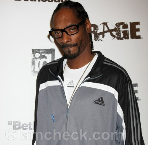 Immigration Holds Snoop Dogg For Exceeding Cash Allowance
