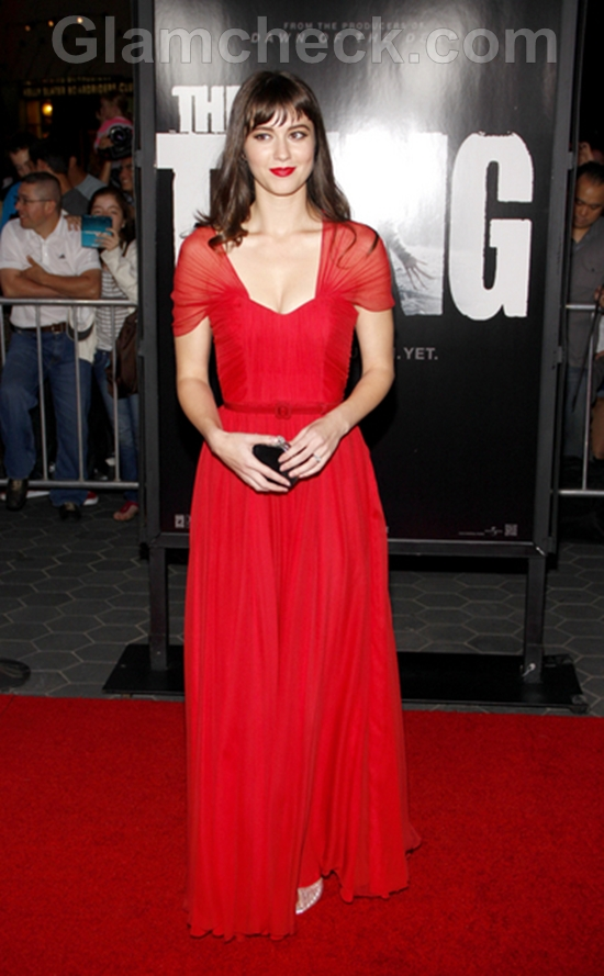 """Mary Elizabeth Winstead Dons Red Gown at """"The Thing"""" Premiere"""