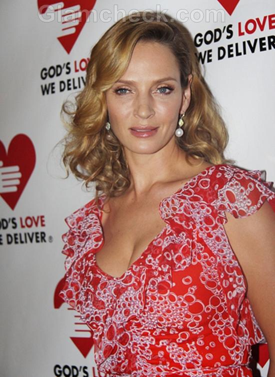 Uma-Thurman-Red-Gown-2011-Golden-Heart-Awards