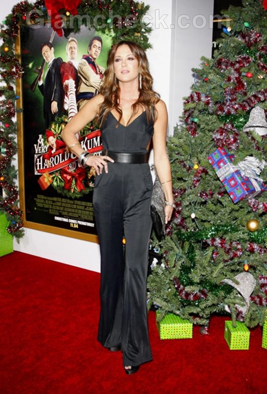 Danneel-Harris-A-Very-Harold-Kumar-3D-Christmas-Premiere