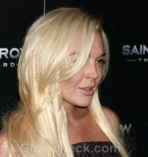 Lindsay Lohan Banned From Homeless Shelter