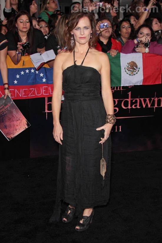 Sarah Clarke Worst Dressed Celebrities The Twilight Saga Breaking Premiere