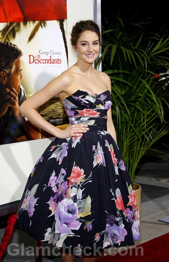 Shailene-Woodley-Princess-Ball-Gown-Premiere-of-The-Descendants