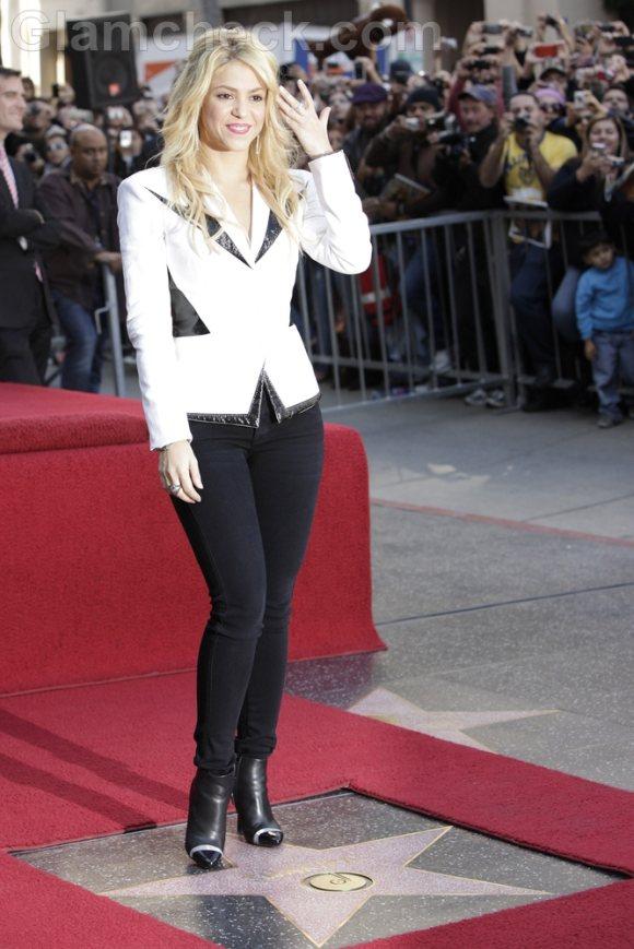 Shakira Sharply andrognous look Star on Walk of Fame