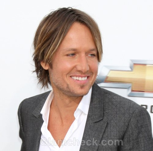 Throat Surgery For Keith Urban