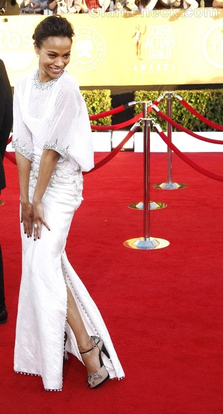 Zoe Saldana White Gown at 2012 SAG